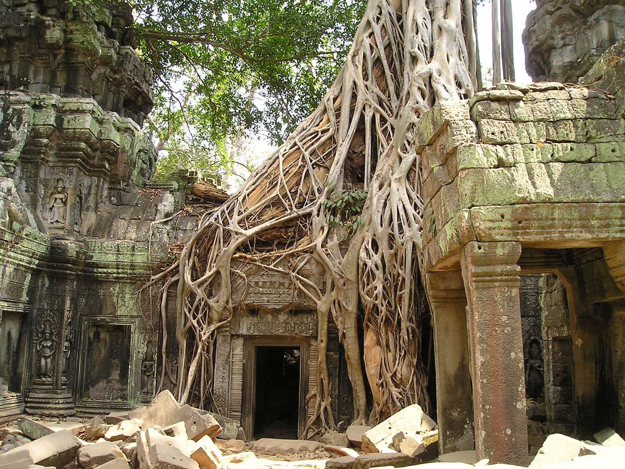 CAMBODIA ADVENTURE SCHOOL TOUR