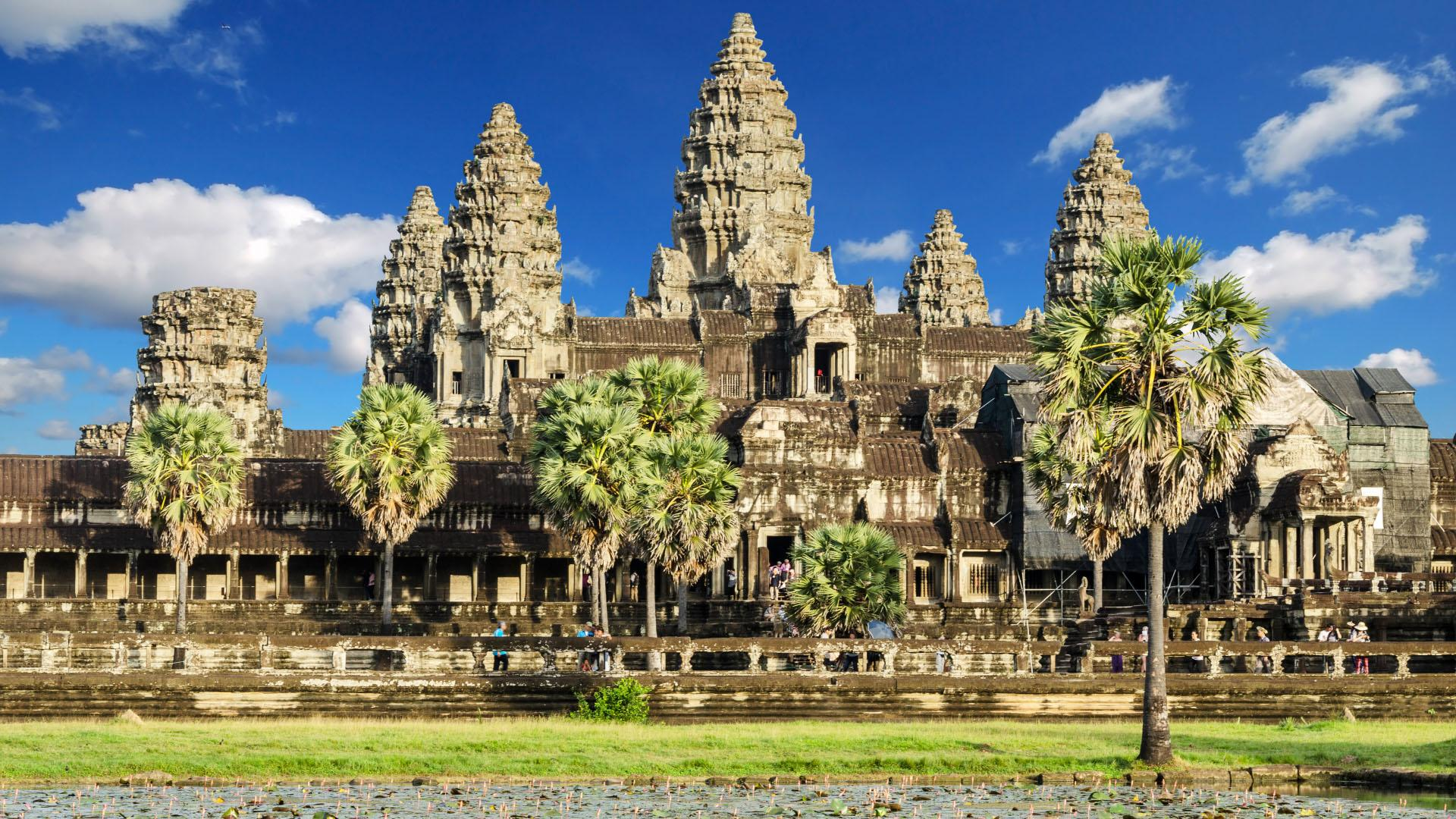 9-DAY VIETNAM AND CAMBODIA MEKONG CRUISE PACKAGE