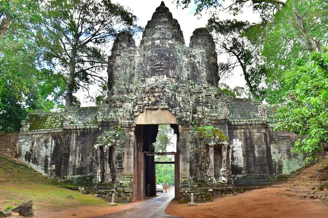 LUXURY VIETNAM AND CAMBODIA TOURS
