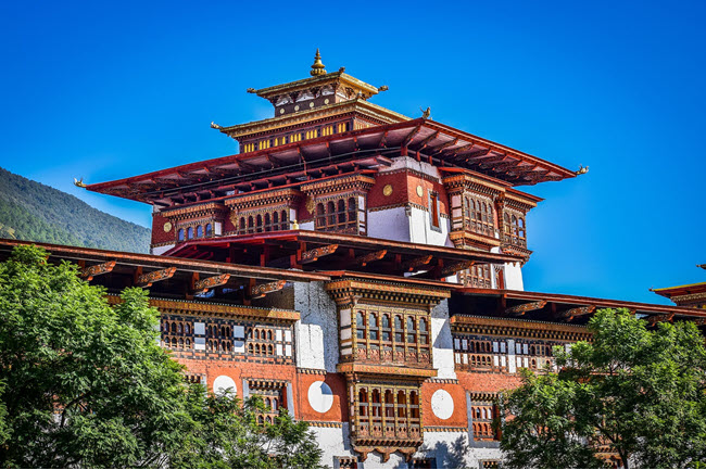 WONDERS OF BHUTAN ON BIKE