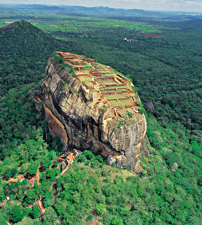 SRI LANKA LUXURY HONEYMOON TOUR