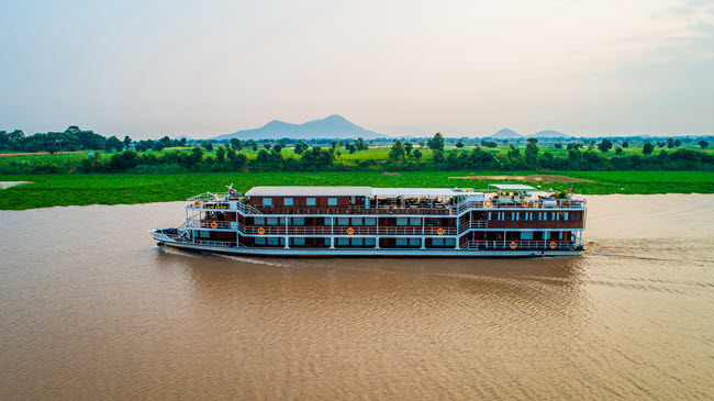 2-for-1 deal: 12 DAY VIETNAM AND CAMBODIA MEKONG RIVER CRUISE with rv Lan Diep