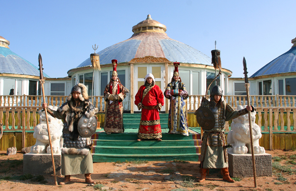 Mongolia Tour: Jewel of the North and Golden Gobi of the South