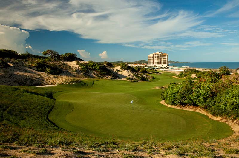 ULTIMATE LUXURY FULLY ESCORTED GOLF CRUISE TOUR WITH HELI GOLF