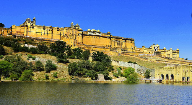 8-DAY India golden triangle tour with Bharatpur escorted tour