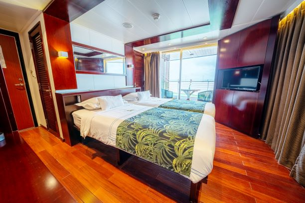 LUXURY MEKONG RIVER CRUISE FROM VIETNAM TO CAMBODIA