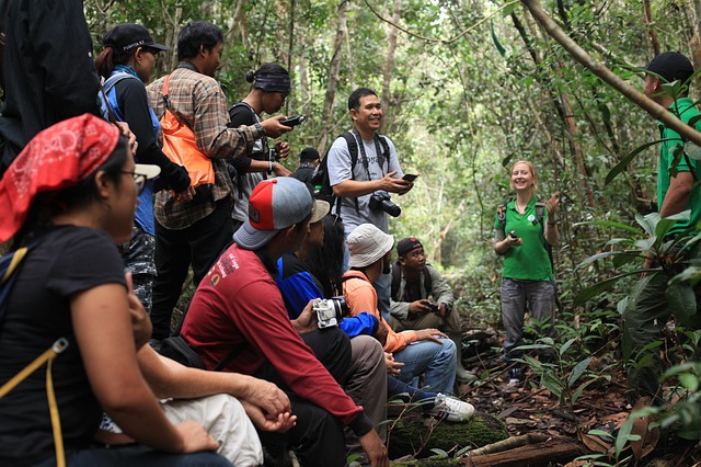 BORNEO CULTURE AND WILDLIFE SCHOOL TOUR