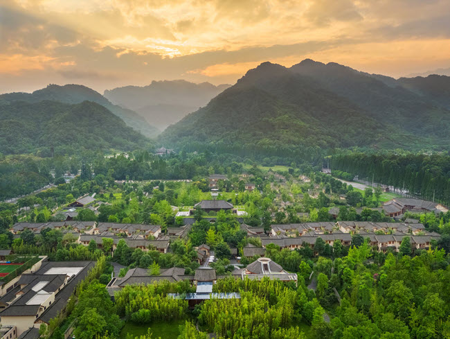 China Luxury Wellness and Spa Retreat