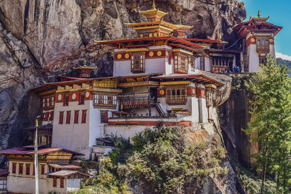 Wonders of Bhutan luxury Tour